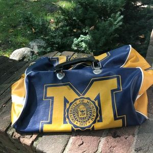 Vintage U of Michigan vinyl gym bag 1960s